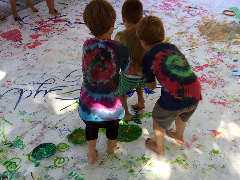 Children learning messy color theory!